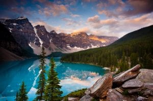 9 Amazing Facts About Lake Louise You Must Know 2