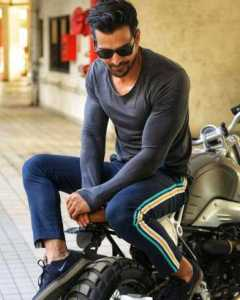 The Top 10 Sexiest Indian Men Alive 4