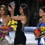 Embarrassing Moment on Miss Universe 2015 Final 16