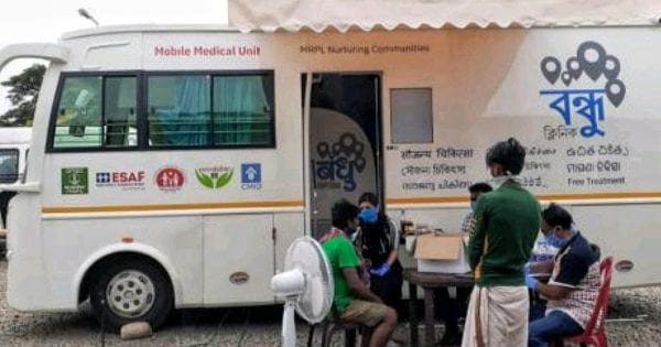 Bandhu: Clinic On-Wheels for Migrant Laborers amid Corona Outbreak 12