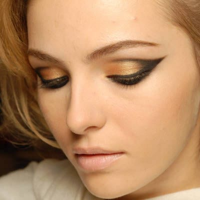 A Detailed Eye Makeup Guide For Women 4