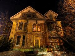 10 Most Scary Haunted Houses In Houston 7