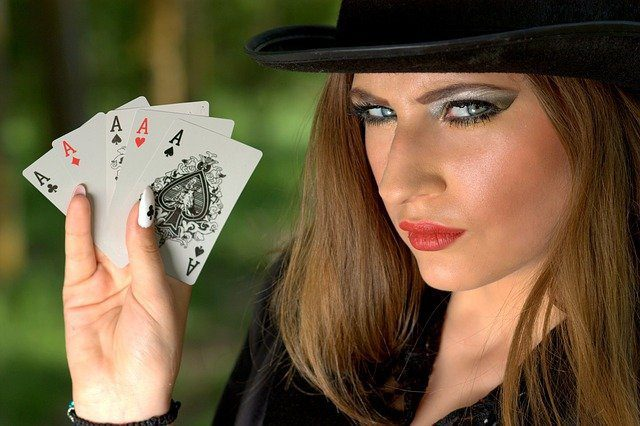 how to play poker slots